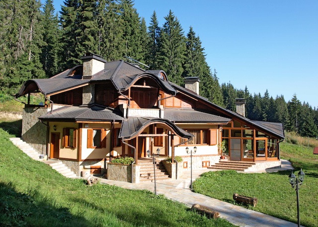 Ski and country homes popular in bulgaria properties for for Colorado country homes